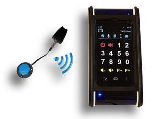 Un émetteur transmet des informations au boîtier